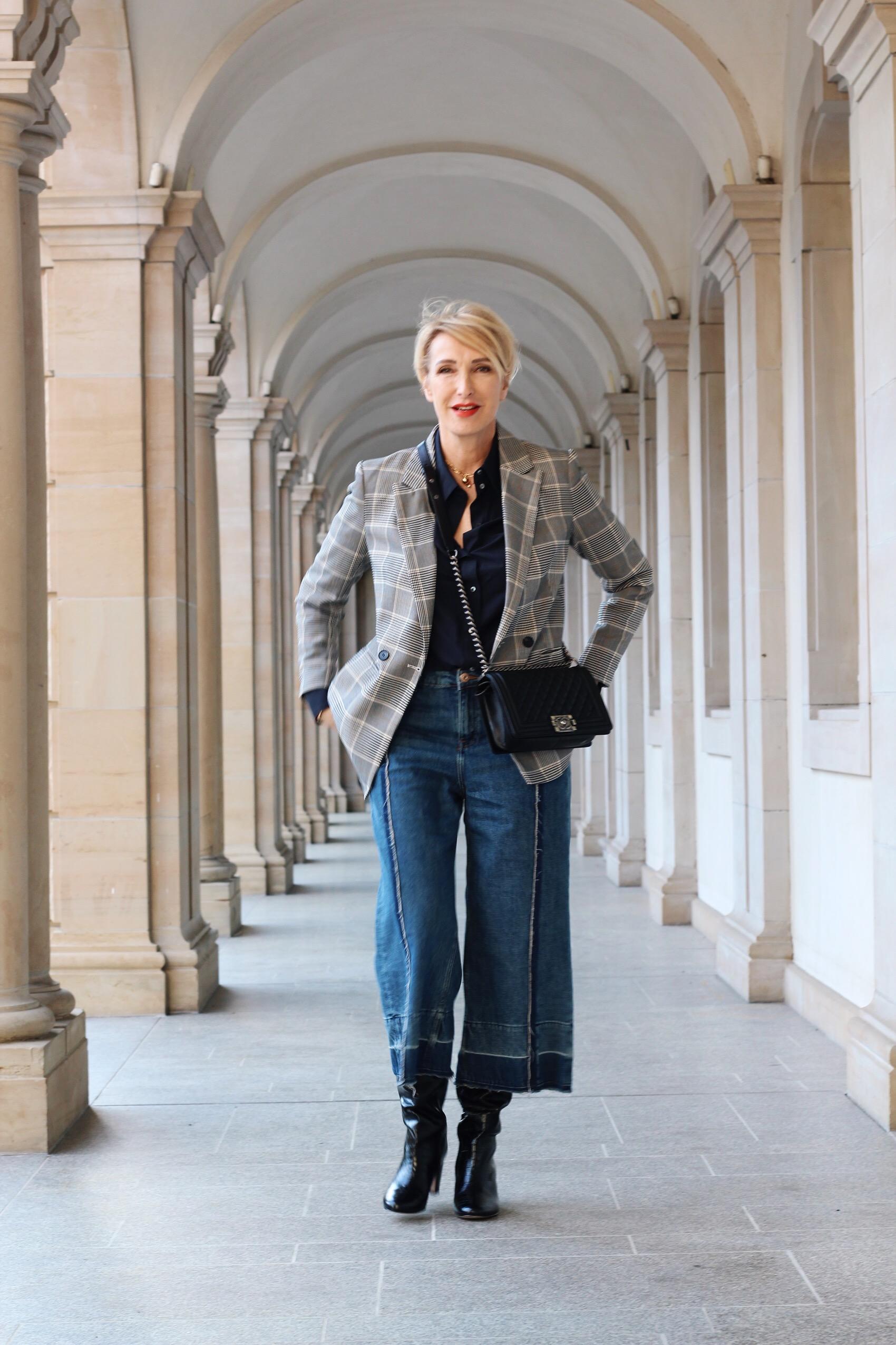 glamupyourlifestyle stiefel Schuh-Trend Hose-in-Stiefel Schaftstiefel ue-40-blog ue-50-blog culotte karierter-blazer