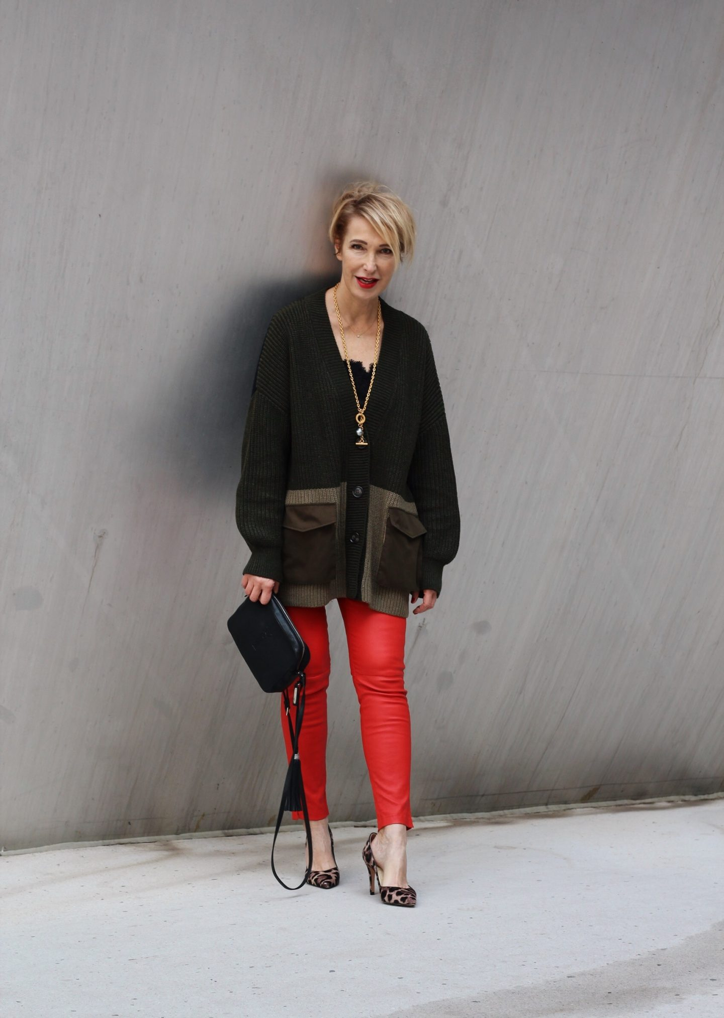 glamupyourlifestyle accessoires outfit hingucker rote-lederlegging ue-40-blog ue-50-blog ü-50-mode
