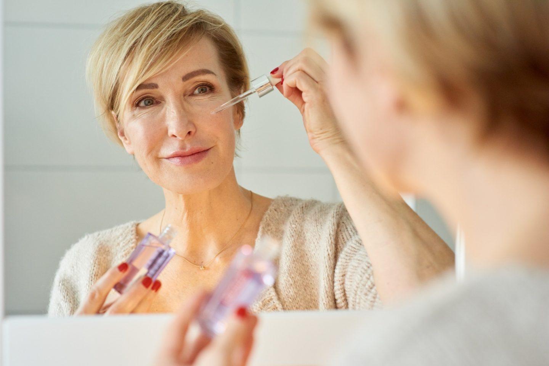 Glamupyourlifestyle Morgenroutine Gesichtspflege Revitalift-Filler-Serum anti-aging ü-50-blog ue-40-blog