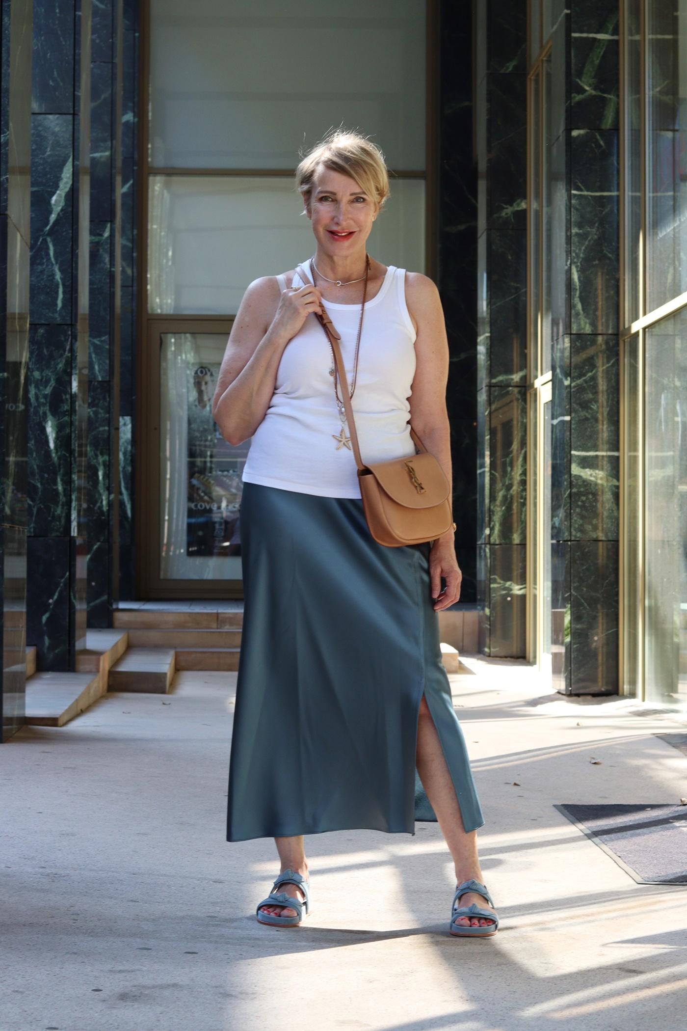 glamupyourlifestyle Seidenrock Sommer ue-40-mode ue-50-Blog saint-laurent-tasche