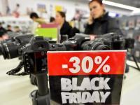 Oferte de Black Friday cu reduceri fabuloase te pot lăsa fără bani