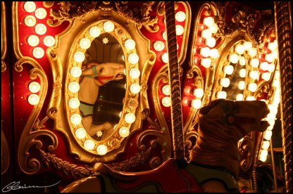 Scared reflection. (Expo-Québec, août 2005)