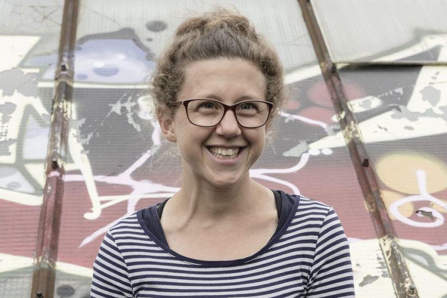 Das Bild zeigt Josephine, Teammitglied Festival Stadttfinden