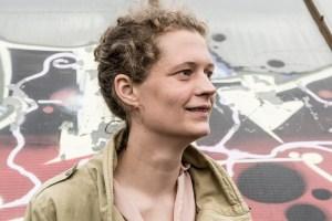 Das Bild zeigt Nona Renner, Teammitglied Festival Stadttfinden