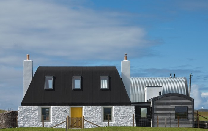 HOUSE NO.7 Isle of Tiree, Scotland by Denizen Works | www.glasgowarchitecture.co.uk