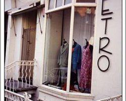 Retro, Bank Street