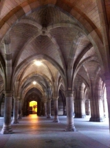 <h5>University of Glasgow Cloisters </h5>