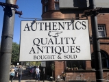 <h5>Authentics Quality Antiques, Bank Street</h5>