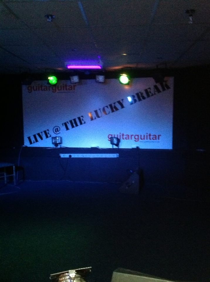 live at the lucky break