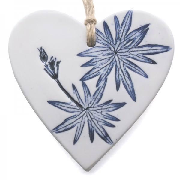 blue flowr heart