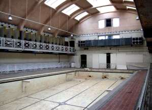 bruce street baths main pool