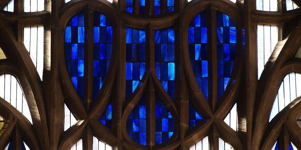 window queens cross