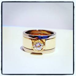 mega puzzle ring