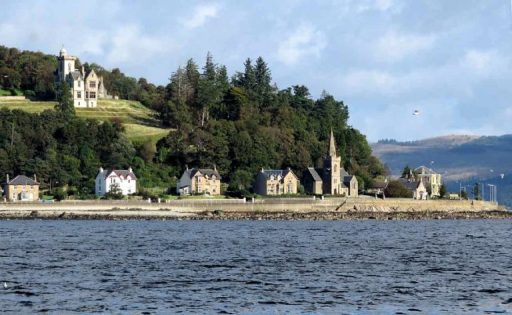 Dunselma-and-Strone-Point-with-Seagulls.-768x473