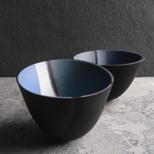 black ceramic dishes