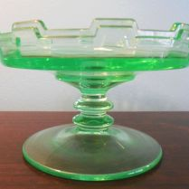 Depression glass green dish - Unidentified pattern