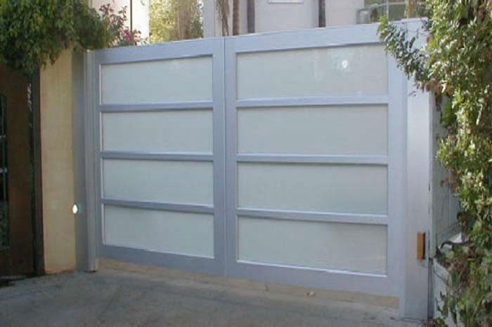 Los angeles garage doors