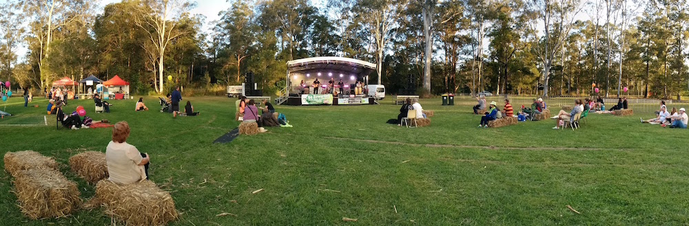 PANO Relaxing and Enjoying Music at Moofest 20150905