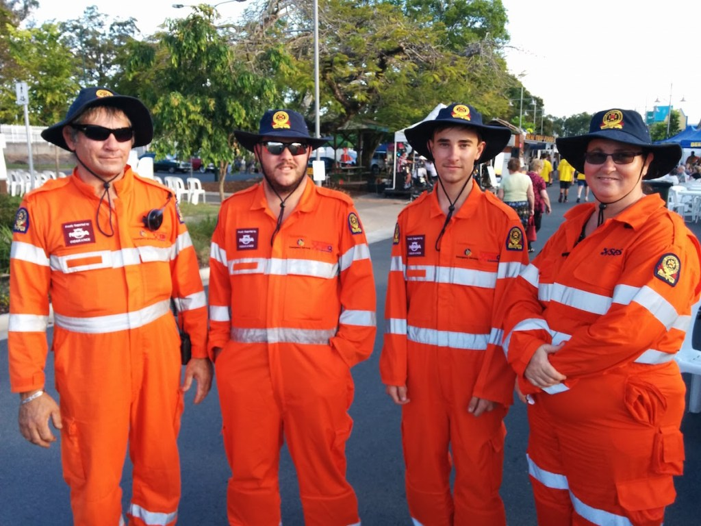 SES Glasshouse and Beerwah at the Beerwah Street Party 2015