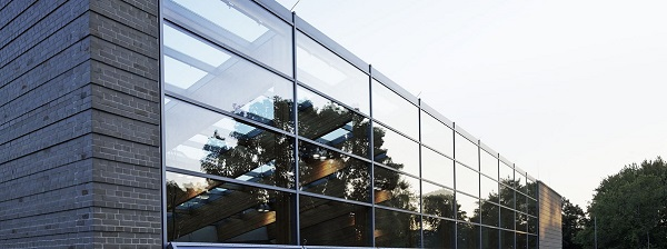 Aviary at Berlin Zoo - ISOLAR ORNILUX® mikado by Arnold Glas