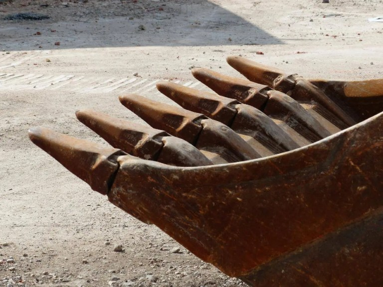 Construction risk assessment-www.gleeym.com/qra