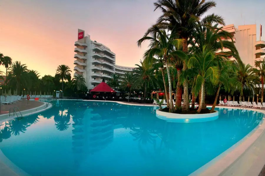 GRAN CANARIA – 4* Riu Flamingo Aparthotel Golf Holiday Golf Holiday & Golf Break Offers