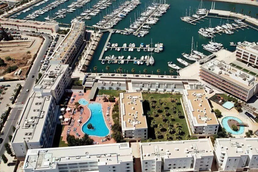 ALGARVE – 4* Marina Club Lagos Resort Golf Holiday & Golf Break Offers