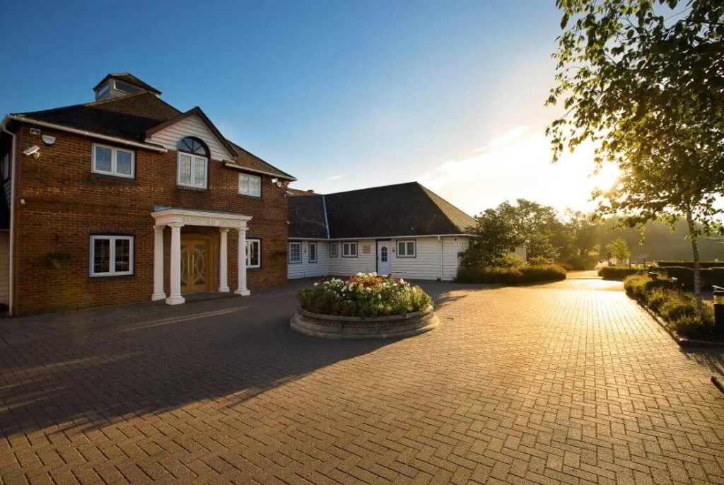 UK – Sanford Springs Hotel And Golf Club Golf Holidays & Golf Break Offers