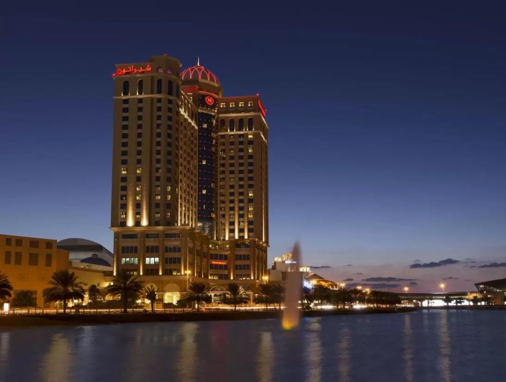 DUBAI – 5* Sheraton Dubai Mall Of The Emirates Hotel Golf Holiday & Golf Break Offers
