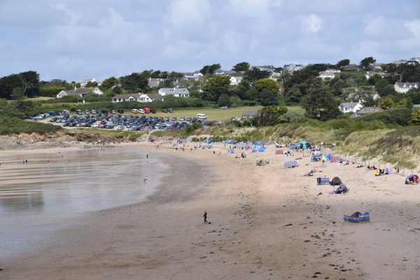 Beaches in Cornwall, Daymer Bay, with lots of families