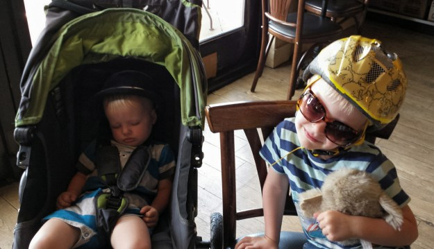 Xander & Brix at the bagel shop