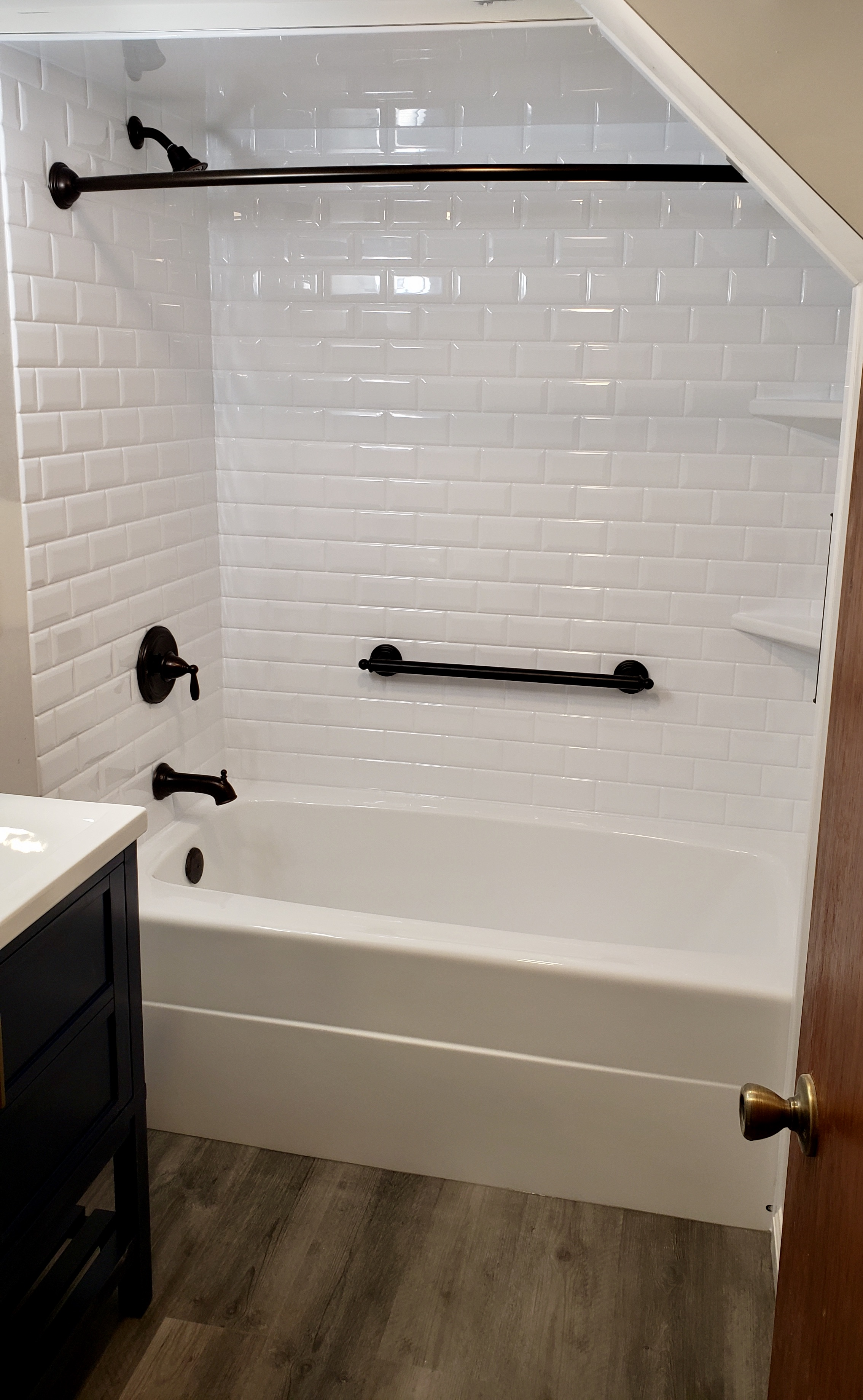 completed bathroom remodeling projects