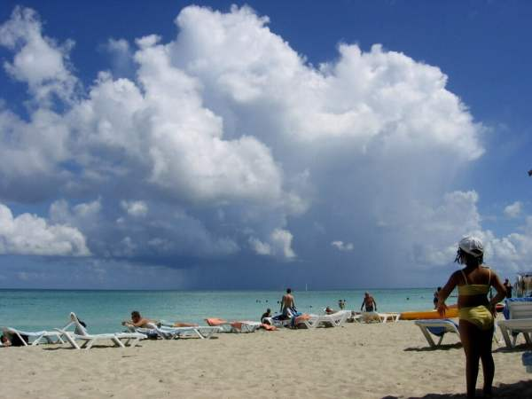 Cuba-travel-hurricane-season-Glimpses-of-The-World