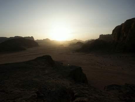 Jordan-travel-Wadi-Rum-Glimpses-of-The-World