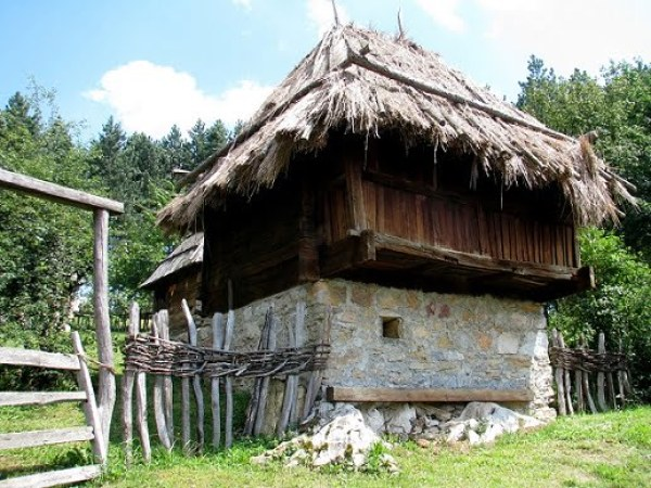Serbia-travel-Zlatibor-Sirogojno-Glimpses-of-The-World
