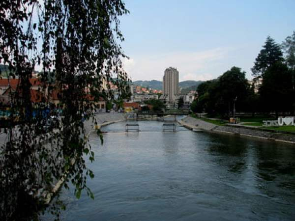 Serbia-travel-Uzice-town-Glimpses-of-The-World