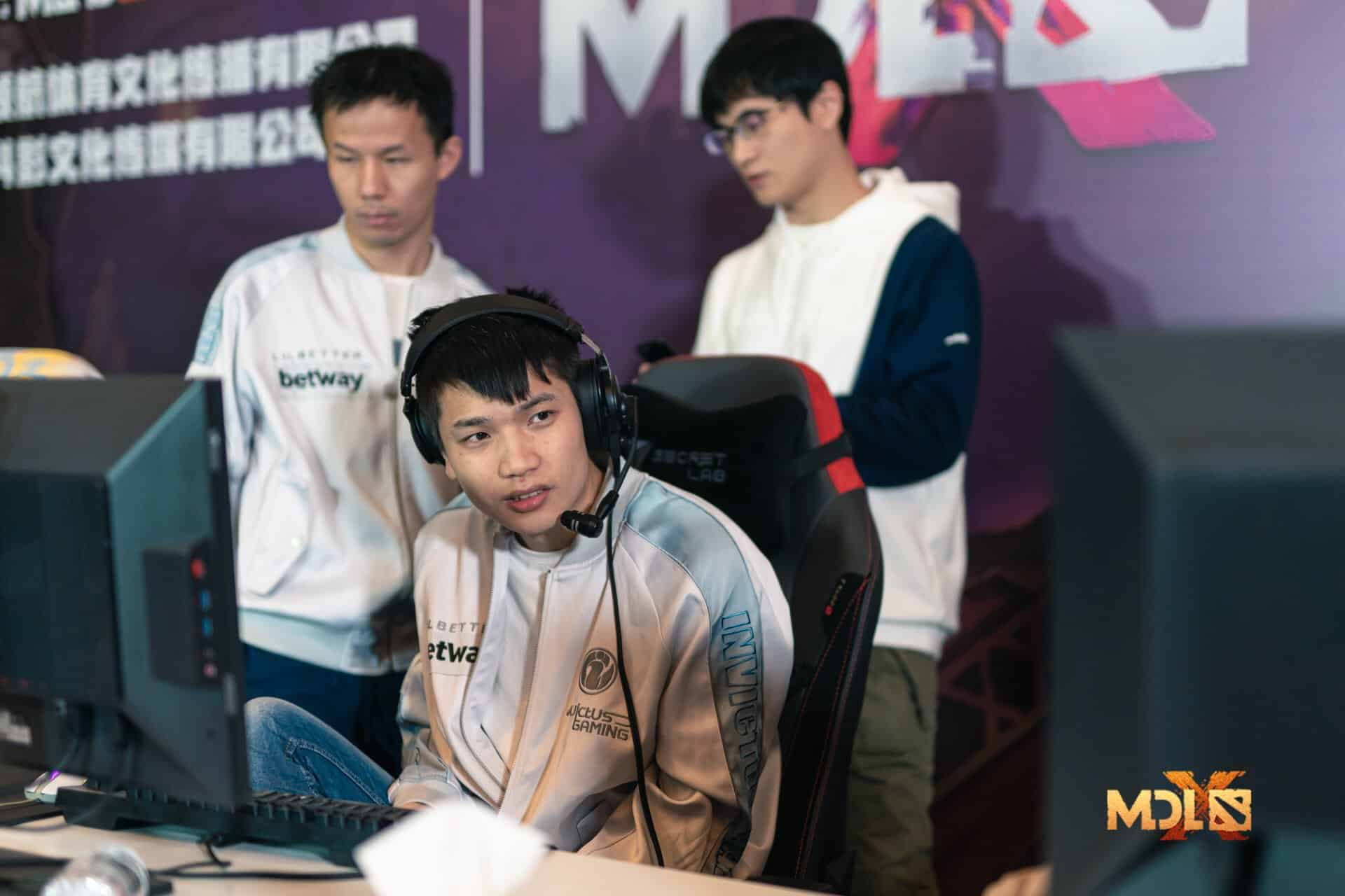 MDL Chengdu Major Playoffs EviL Geniuses Invictus Gaming