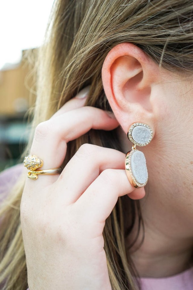 BaubleBar statement earrings | Where to find deals on statement jewelry