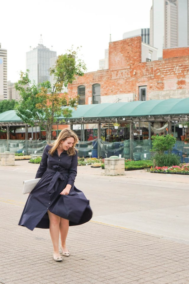 Best Places for After-Work Drinks in Dallas | Best Spots for Weekend Happy Hour in Dallas | Navy Midi Shirtdress via Amanda Kushner of Glitter & Spice