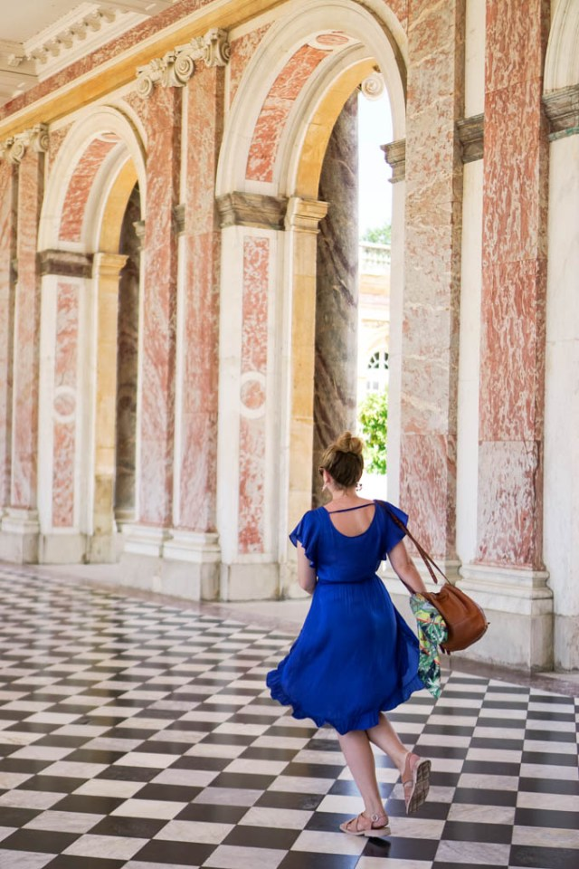 Best places to take photos at Versailles via Glitter & Spice