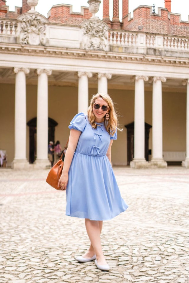 How to Wear Blue Striped Flats | How to Wear a Dress with Flats