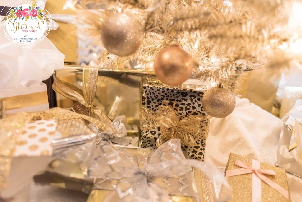 Christmas Gift Guide: Metallic Home Decor for the decorating lover - Glittered with Design