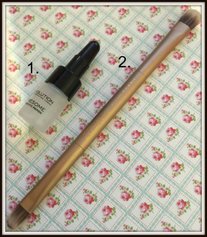 newbie makeup bag eyes eyeshadow primer brush