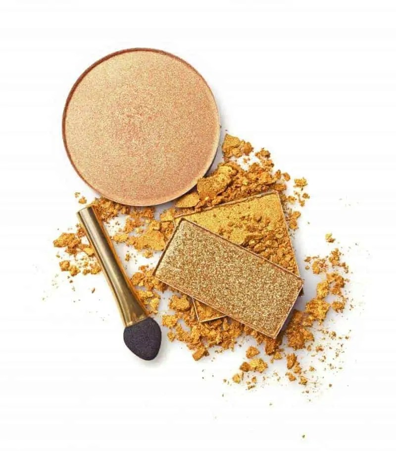 the ultimate gold eyeshadows you need in your collection
