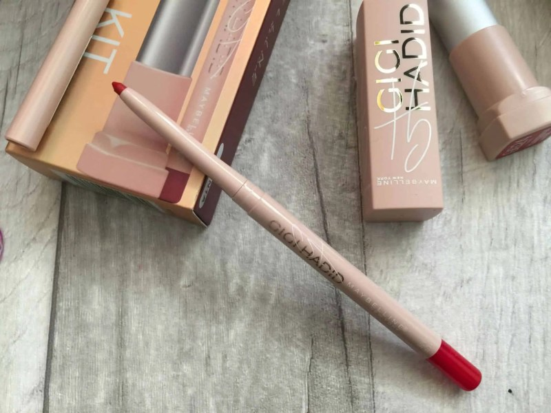 Get big full lips with Maybelline Gigi hadid Lani lip kit lip liner