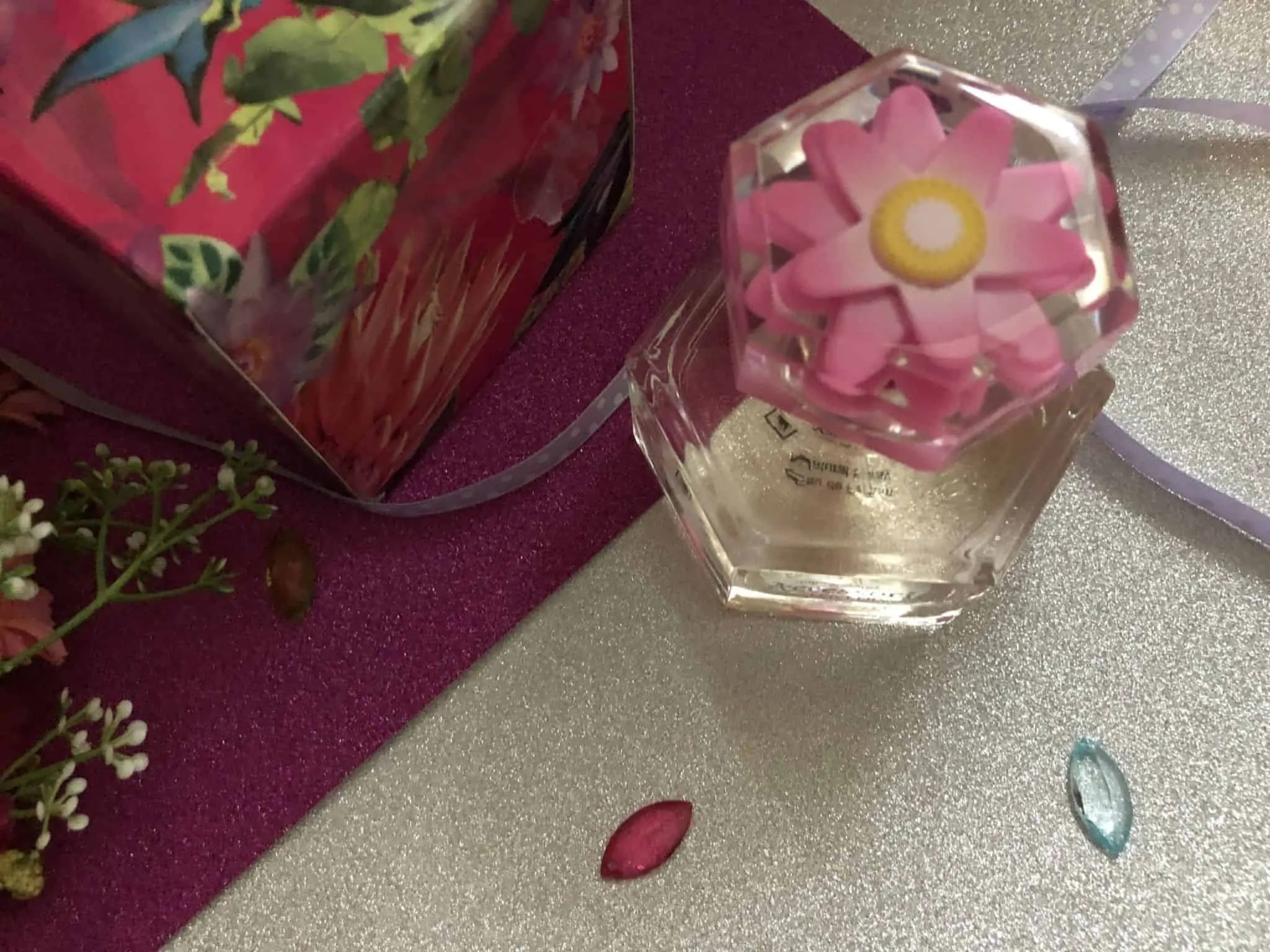 accessorize lovelily perfume decorative lid