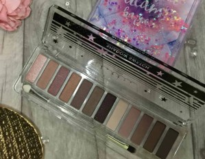 lottie london rose golds eyeshadow palette shades up close