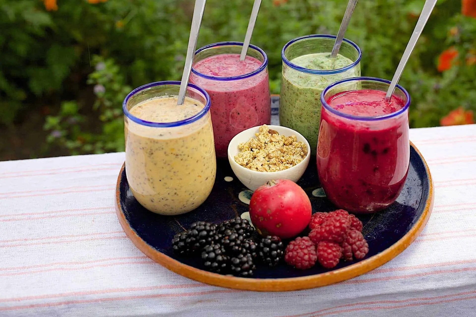 Get Glowing Skin by Changing Your Diet Smoothies with tropical fruits for breakfast