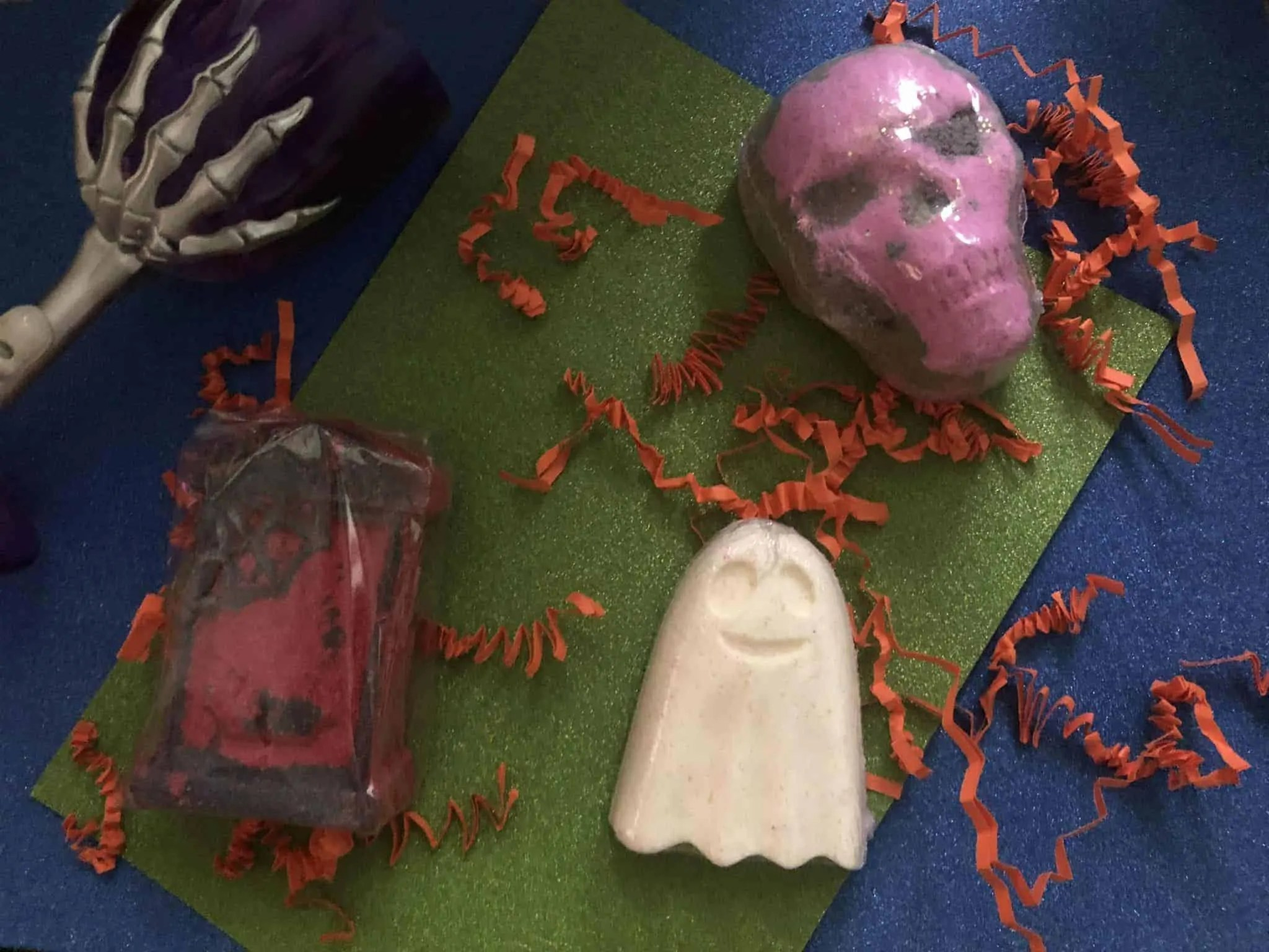get spooky with mimic gifts halloween collection bath bombs
