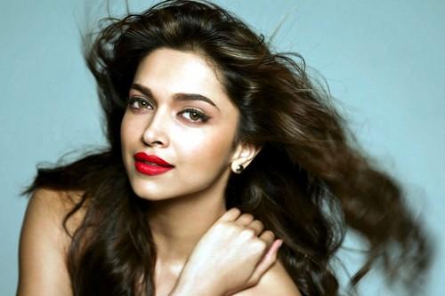 Deepika Padukone Sexy Lips